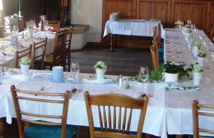 Blumenidee tischdekoration - Tischdekoration taufe ...