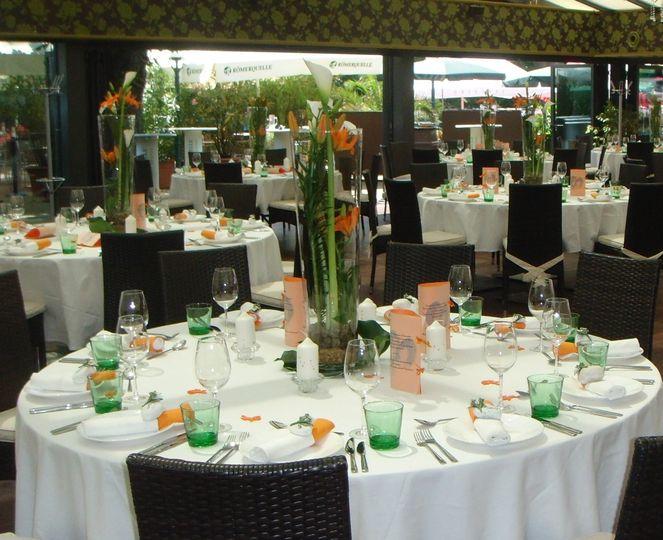Blumenidee Tischdekoration